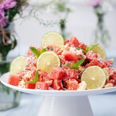 Melon and feta cheese salad with mint, Food And Drinks, melon and feta cheese salad. Fairy Food, Cheese Salad, Exotic Food, Cafe Food, Greens Recipe, Recipes From Heaven, Halloumi, Summer Recipes, Baby Food Recipes