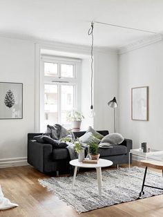 Cosy vibes in a small Scandinavian style apartment