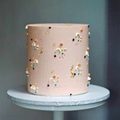 Love the simplicity of this ultra modern wedding cake with the delicate celestial decor vegan wedding cake Pretty Birthday Cakes, Pretty Cakes, Cute Cakes, Beautiful Cakes, Amazing Cakes, Cake Birthday, Modern Birthday Cakes, Fall Wedding Cakes, Wedding Cake Designs