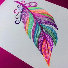 New tattoo feather mandala draw Ideas Mandala Art, Mandala Drawing, Doodle Art, Feather Art, Feather Drawing, Mandala Feather, Tattoo Feather, Feather Painting, Pen Art