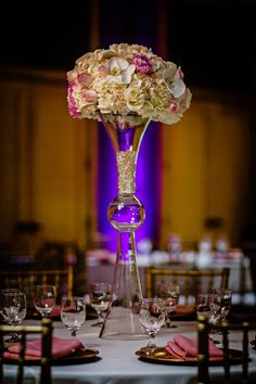 Tall Indian wedding centerpiece with blush pink flowers #indianwedding