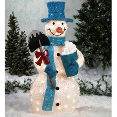 Soon Christmas will soon arrive. You have to prepare for anything that needs to be decorated. Outside the home also needs to be decorated with snowman outd