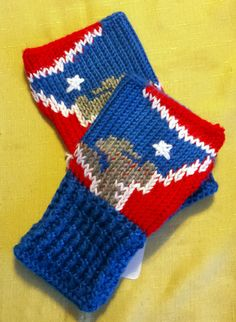 Fingerless Gloves Wrist Warmers New England by LachesisWeb on Etsy