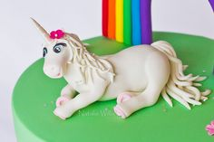 Hayley's Unicorn by SweetTart Cakes {Natalie}, via Flickr