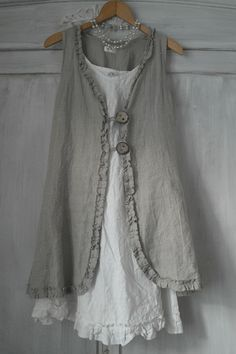 BY PIA`S: MY VINTAGE LOOK  I like this....but would it look good on me?? too young? to fussy? too romantic? (too expensive??!!)
