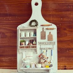 2017 April, Miniature Kitchen Teddy Bear ♡♡ by yukitsplace Vitrine Miniature, Miniature Rooms, Miniature Kitchen, Miniature Crafts, Miniature Furniture, Clay Miniatures, Dollhouse Miniatures, Wood Crafts, Diy And Crafts
