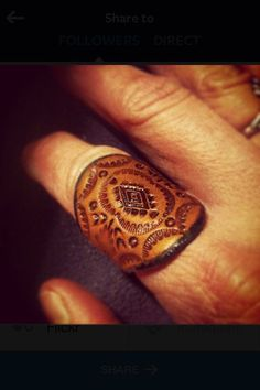 Leather Ring Tooled Concho Design 1 by OliRoseCollection on Etsy: change to tooled family crest. Leather Ring, Leather Art, Sewing Leather, Leather Pattern, Leather Design, Leather Cuffs, Leather Tooling, Leather Jewelry, Estilo Hippy