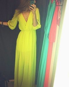 Yellow maxi dress. Major. I love this where would i find this  goshhhhhhhhhhhhh