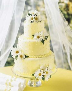 Daffodils And Daisy Wedding Ideas (Source: my-wedding-flower-ideas.com)
