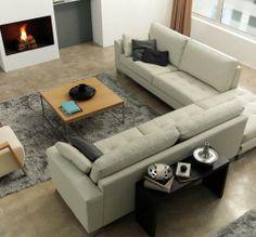 Amplio sofá en tela clara Couch, Furniture, Home Decor, Tela, Single Wide, Homemade Home Decor, Sofa, Couches, Home Furnishings