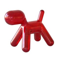 Chaise enfant Puppy Medium Magis Collection Me Too - Rouge Art Et Design, Mid Century Modern Decor, Small Puppies, Animal Design, Modern Rugs, Hot Sauce Bottles, Decoration, Rugs On Carpet, Cool Stuff