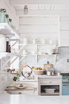 kitchen love! Dreamy Whites