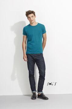 URID Merchandise -   T-SHIRT JUSTA DE GOLA REDONDA PARA HOMEM   4.684 http://uridmerchandise.com/loja/t-shirt-justa-de-gola-redonda-para-homem-2/