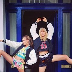 Pin for Later: Dynamic Duos and Silly Selfies Make For This Week's Cutest Celebrity Candids Suki Waterhouse and Cara Delevingne got silly. Source: Instagram user sukiwaterhouse