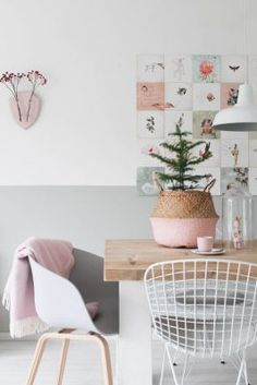 A Scandinavian interior is super trendy easy and beautiful. Even for your dining room. Take white and a touch of a pastel color. More decoration tips you can find here. Scandinavian Interior Design, Home Interior Design, Contemporary Interior, Interior Pastel, Pastel Room, Pastel Colors, Pastels, Colours, Home Decoracion