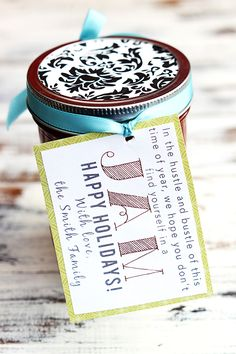 "Holiday ""In A Jam"" Gift & Recipe - free tags on { lilluna.com }"