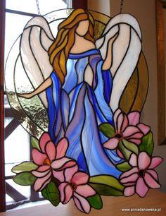 angel y flores                                                                                                                                                                                 Más