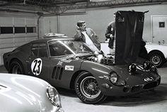 sport - Ferrari 250 GTO at Daytona 1965 Vintage Sports Cars, Vintage Race Car, Vintage Auto, Le Mans, Porsche, Monaco Grand Prix, Ferrari Car, Ferrari Racing, Pretty Cars