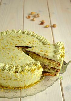No Bake Desserts, Delicious Desserts, Yummy Food, Sweet Recipes, Cake Recipes, Dessert Recipes, Party Recipes, Pistachio Recipes, Italian Cake