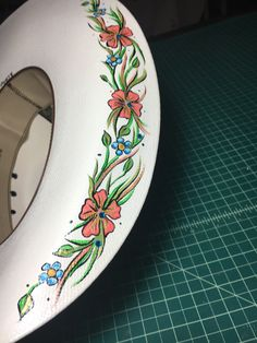 Chapeau Cowboy, Cowgirl Hats, Western Hats, Western Outfits, Western Wear, Painted Hats, Hand Painted, Danse Country, Cow Hat