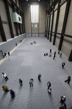 "Ai Weiwei ""Sunflower Seeds"" -- 100 million hand created/painted porcelain sunflower seeds. Amazing."