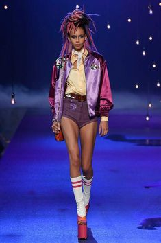 Marc Jacobs Spring 2017 Ready-to-Wear Fashion Show - Binx Walton