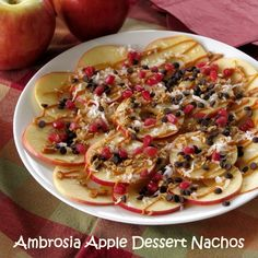 Got 15 minutes? Then you can enjoy a delicious plate of Apple Dessert Nachos featuring Ambrosia apples. They will be the stunner of your holiday dessert table and they're healthy too! (easy snacks for groups) Healthy Apple Desserts, Apple Dessert Recipes, Cereal Recipes, Healthy Meals For Kids, Healthy Eating, Dessert Healthy, Sweet Desserts, Vegan Desserts, Healthy Choices