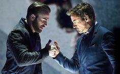 2016 Kids' Choice Awards: Chris Evans, Robert Downey Jr. thumb war teases Marvel's Civil War | EW.com