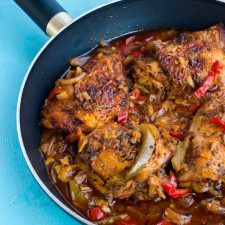 Authentic Jamaican brown stew chicken - experience the epitome of Jamaican cuisine by sampling this generously seasoned succulent chicken in a rich thick gravy. Jamaican Cuisine, Jamaican Dishes, Jamaican Recipes, Oxtail Recipes, Haitian Food Recipes, Indian Food Recipes, Ethnic Recipes, Carribean Food, Caribbean Recipes