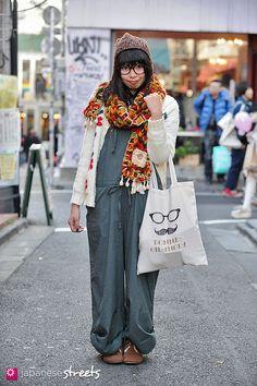 130113-0447 - Japanese street fashion in Harajuku, Tokyo