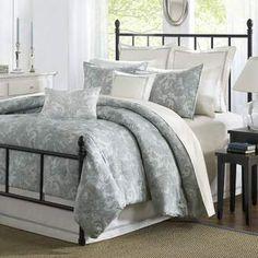 Harbor House Chelsea 4 Piece Reversible Comforter Set. #beddingsets #bedding #comforterset