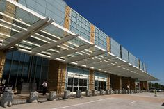 McGhee Tyson Airport (TYS), Knoxville, TN www.maketraveleasier.com/bagsvip/locations