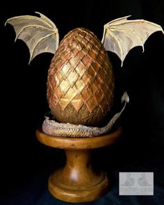 Dragon Egg - Cake by MadHenCakes