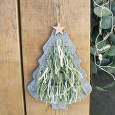 Juletre til VEVING/LØKKER - Flott aktivitet til juleverksted for barn. Drop Earrings, Drop Earring