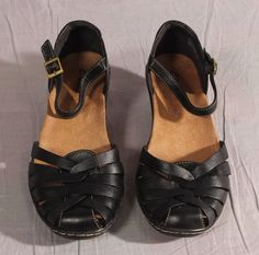 6466132d1 Women s Clarks Sandals Black Size 8 M Leather Strappy Med  Clarks  Strappy Clarks  Sandals