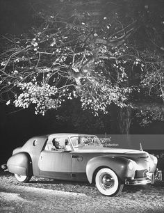 Industrial designer Raymond Loewy at the wheel of costly experimental Lincoln Continental dream car he designed which features Plexiglass top, silent windshield wipers & a backing spotlight. Get premium, high resolution news photos at Getty Images Vintage Cars, Antique Cars, Retro Cars, Raymond Loewy, Colani, Car Museum, Us Cars, Cars Usa, Lincoln Continental