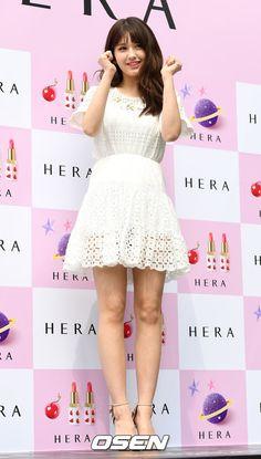 Khi mợ chảnh Jeon Ji Hyun đọ sắc 2 nữ thần thế hệ mới: Lộ ngực lép kẹp vẫn thắng thế - Ảnh 8.