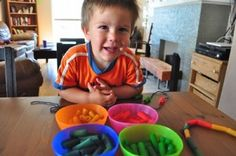 How to Dye Pasta. Every mom needs a macaroni necklace!