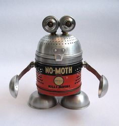 Nomo - Robot Assemblage Sculpture by Brian Marshall