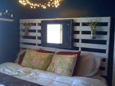 New Awesome Wooden Pallet Headboard Designs Headboard Designs, Up House, Diy Home Improvement, Pallet Furniture, Home Projects, Diy Home Decor, Sweet Home, Bedroom Decor, Hanging Vases