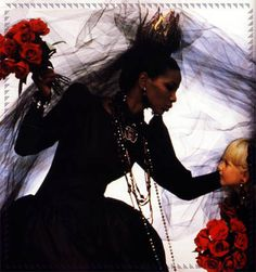 Salo & Séverine Bridal fashion photography, 1984 brides in Vogue by Arthur Elgort Dark Fashion, 90s Fashion, Retro Fashion, Vintage Fashion, Arthur Elgort, Vogue, Ysl Saint Laurent, Bianca Jagger, American Gothic