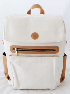 Hilo Backpack-Blanca // Cutest diaper bags for a good cause