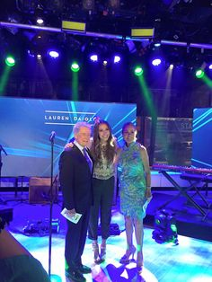 Lauren Daigle with Regis and Kathie Lee this morning on the Today Show set. Lauren sounded great! See her Sunday August 28th, 4:00PM, Kentucky State Fair.