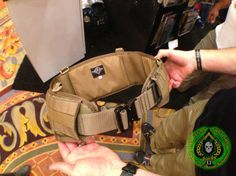 New Warfighter belt by Shellback Tactical. Soft mesh inside makes movement easy but keeps belt in place. by ITS Tactical, via Flickr