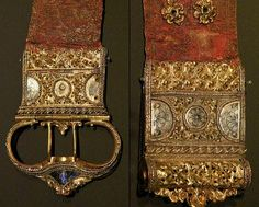 Victoria and Albert Museum, 1450-1500 Italy, Gold brocade gilded silver buckle with enamel and niello.