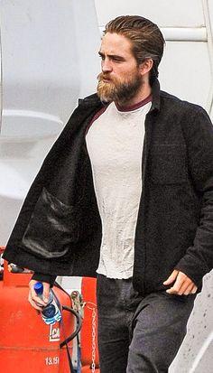 Robert Pattinson on set of Lost City of Z in Belfast, Ireland 9/6/15.
