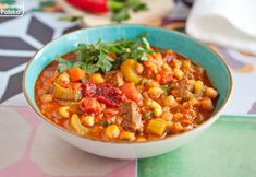 Marokańska zupa harira z ciecierzycą. Bardzo sycąca i rozgrzewająca. PRZEPIS Chana Masala, Vegetables, Ethnic Recipes, Pierogi, Food, Diet, Essen, Vegetable Recipes, Meals