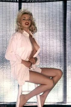 now thats a lady.... Jayne Mansfield