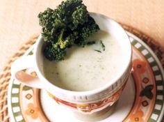 Sopa de Br�colis - Veja mais em: http://www.cybercook.com.br/receita-de-sopa-de-brocolis.html?codigo=10778