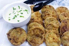 This fried green tomato recipe may be the best version of a classic Southern dish we've ever had. So good, we had to give a blue ribbon! Cheesy Green Bean Casserole, Classic Green Bean Casserole, Vegetable Appetizers, Vegetable Dishes, Side Dish Recipes, Vegetable Recipes, Easy Recipes, Green Tomato Recipes, Appetizers For A Crowd